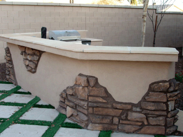 Built-in BBQ with Cultured Stone