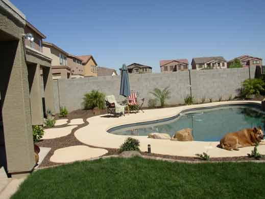 New back after landscaping from Az. Living Landscape & Design