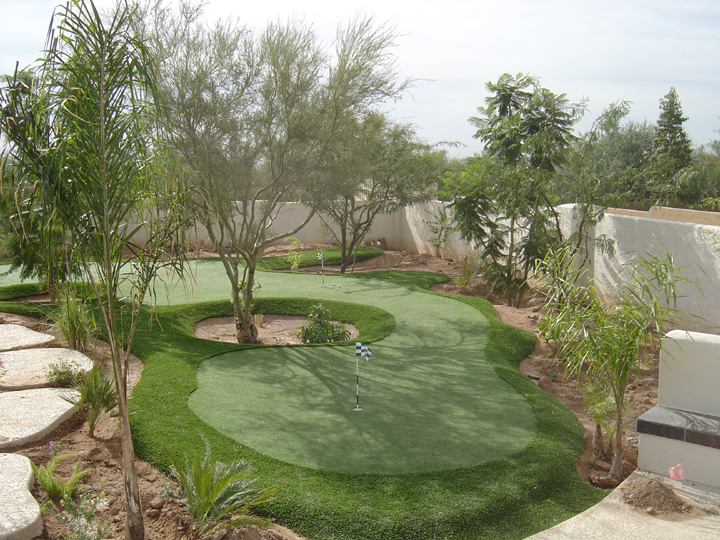 Synthetic Grass Artificial Putting Greens custom design ...