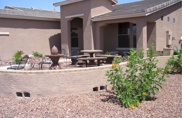 Arizona desert landscape design for Front yard courtyard design