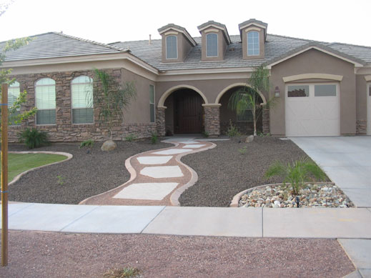 Desert landscaping ideas for front yard - Front yard desert landscaping ...