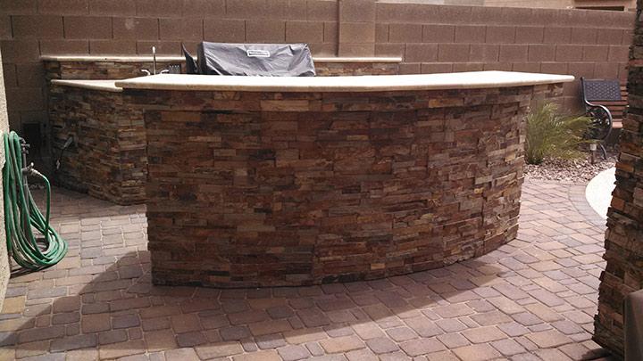 BBQ-cultured-stone-bar