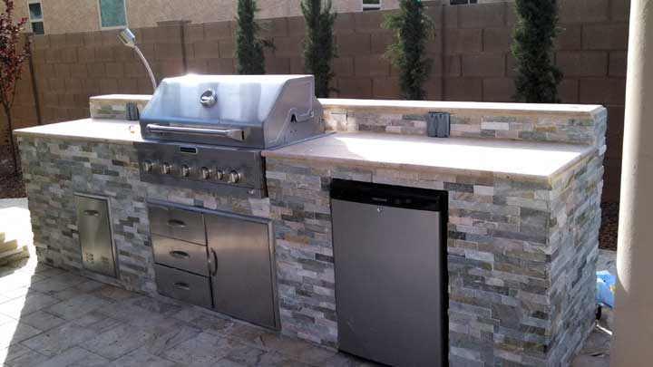 Built In Bbq Travertine Sm