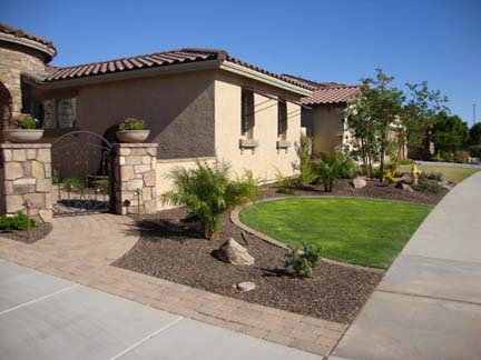 How much does a backyard landscape cost in arizona for How much does it cost to landscape a front yard