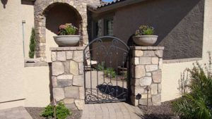 paver-courtyard-pillars-